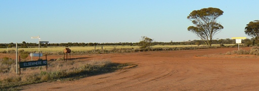 Intersection of Elsewhere Road and Rabbit Proof Fence North Road